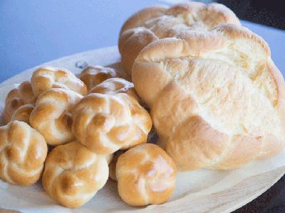 からだにやさしい素材で焼き上げた自家製パンで笑顔になろう!
