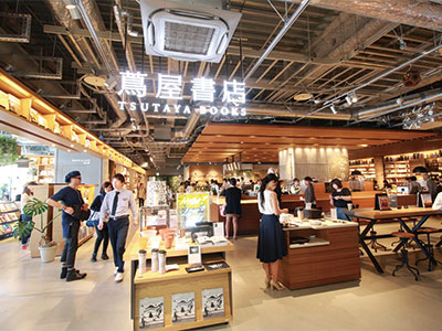 居心地の良さと人をつなげる地域に寄り添った新〈蔦屋書店〉福岡・六本松に堂々誕生!