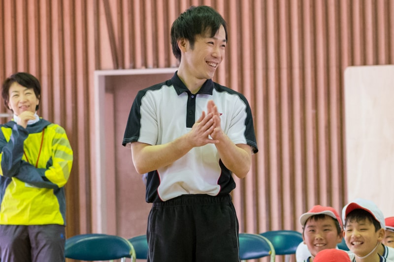 体操北京オリンピックメダリスト<br>沖口 誠 講演『夢に向かって』<br>01 講師紹介・02 競技内容説明