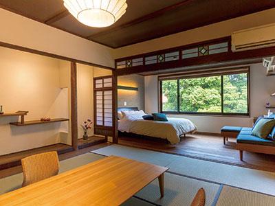 嬉野の老舗旅館〈大村屋〉が 「湯上りを音楽と本で楽しむ宿」に!