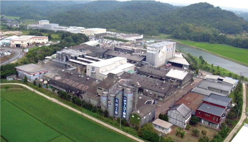 大村市にある工場ですべて生産し、全国の販売店に出荷されていく。その地域によって、人気のある商品は異なるそう