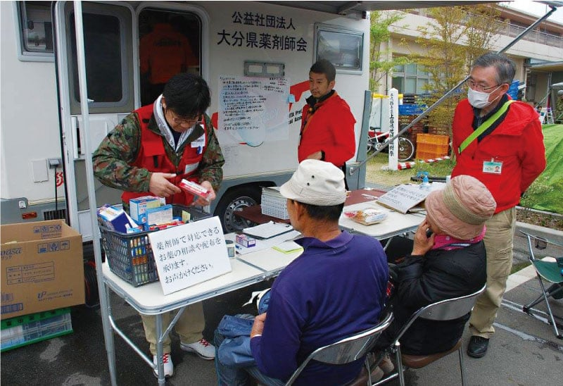 避難者の健康相談に市販薬で対応(益城町)