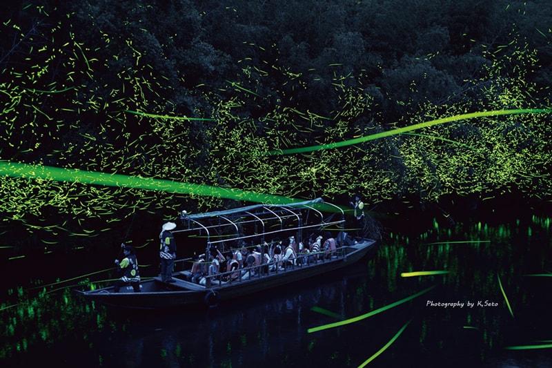 日本初のホタル舟運航