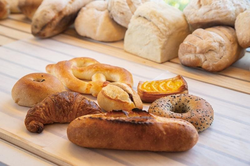 ハード系のパンで人気のあのベーカリーが<br>特注薪窯を新たに再誕!!