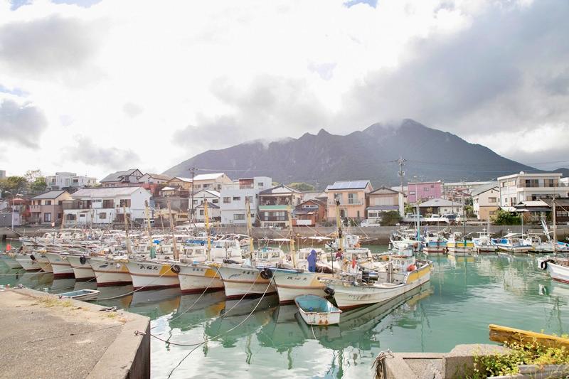 かつて港町として大きく栄えた場所とあって、今でも多くの漁船が並んでいる。まさに有明海の恵みとともにまちが発展してきた