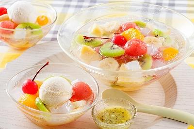 〈キリンビバレッジ〉 「キリンレモン」を使ったフルーツクリームソーダ